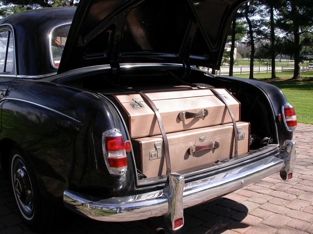 1958 mercedes benz 180 trunk open luggage