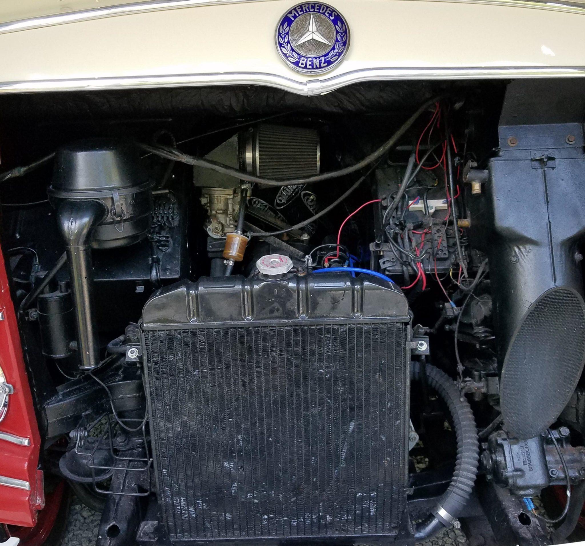 1961 Mercedes-Benz O 319 Engine