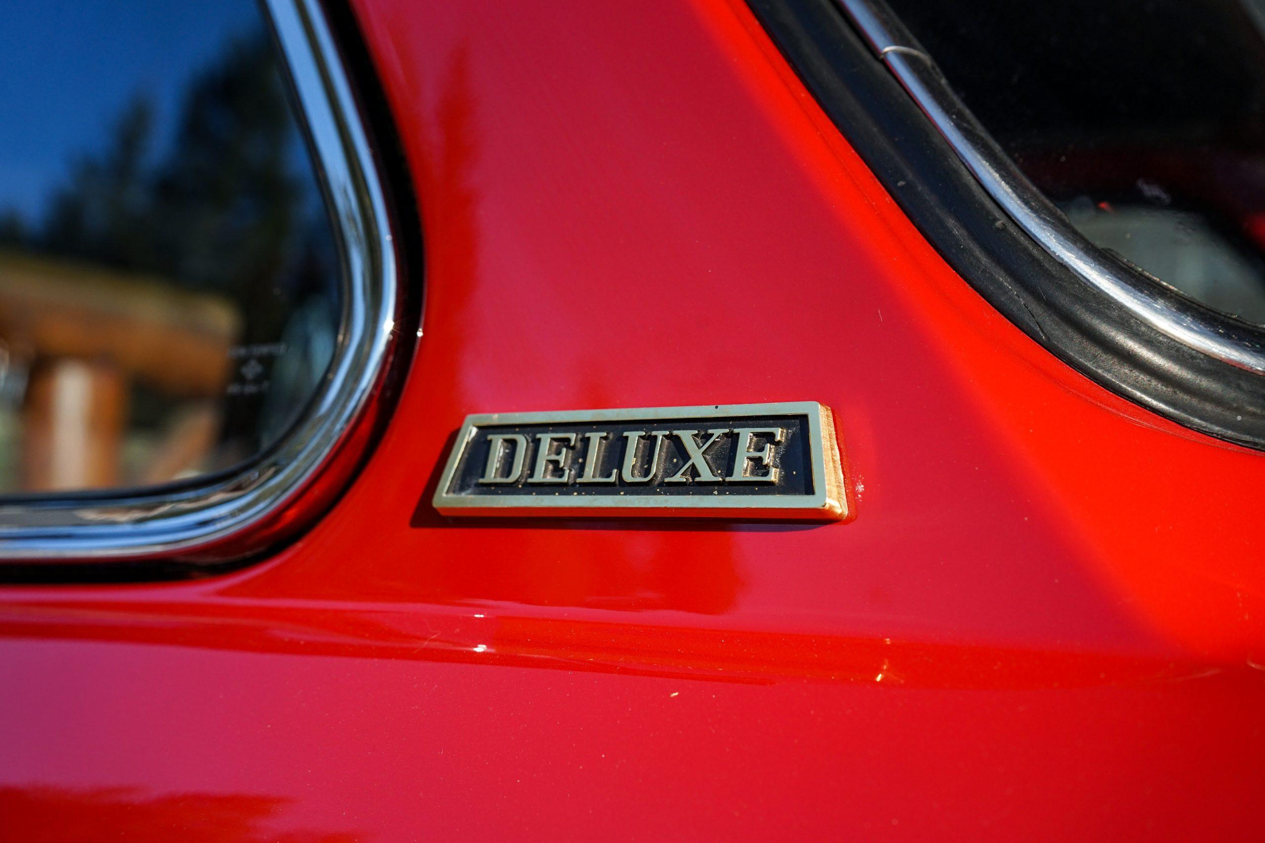 1966-Toyota-Publica-2-deluxe-logo