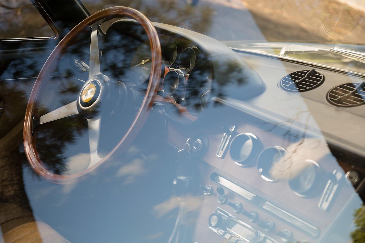 1969-Ferrari-365-22-8-interior-through-glass