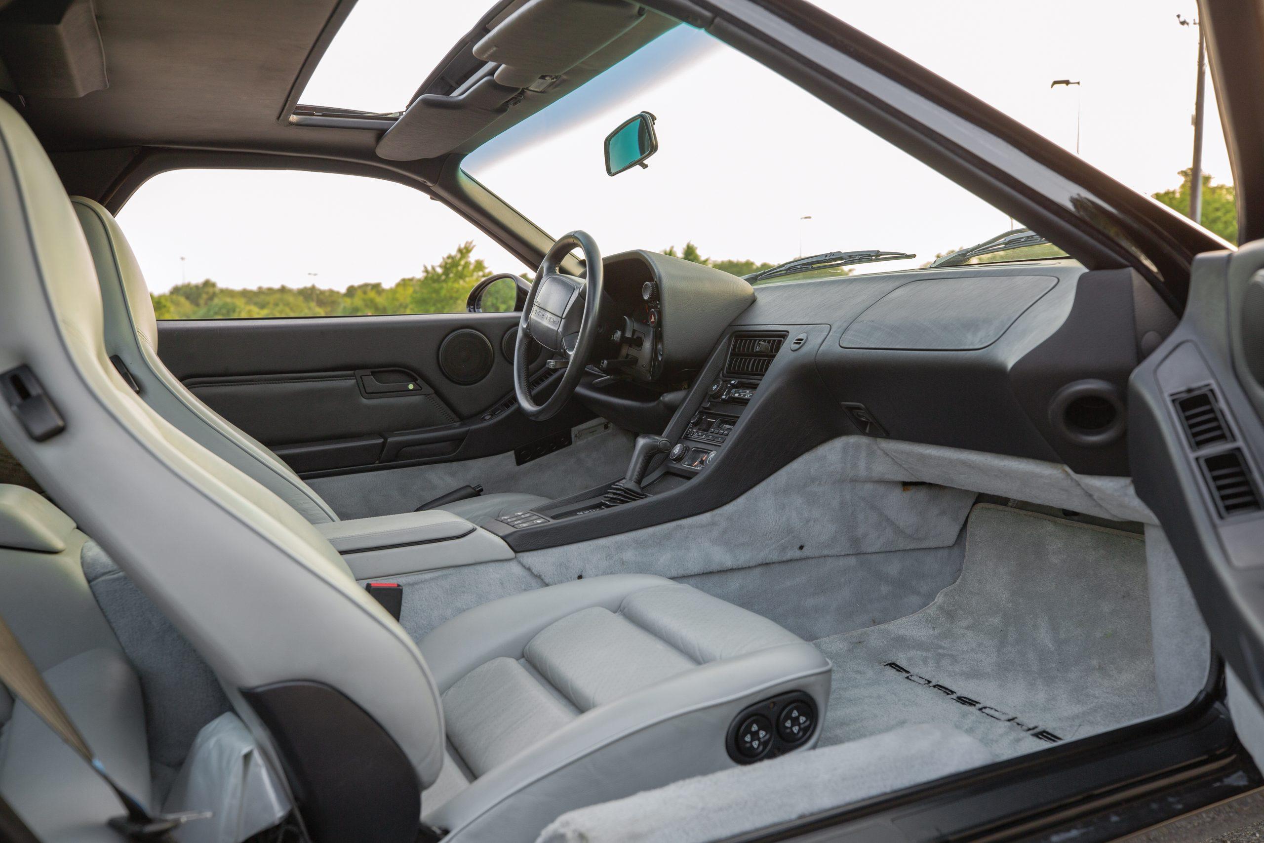 1995 Porsche 928 GTS Interior