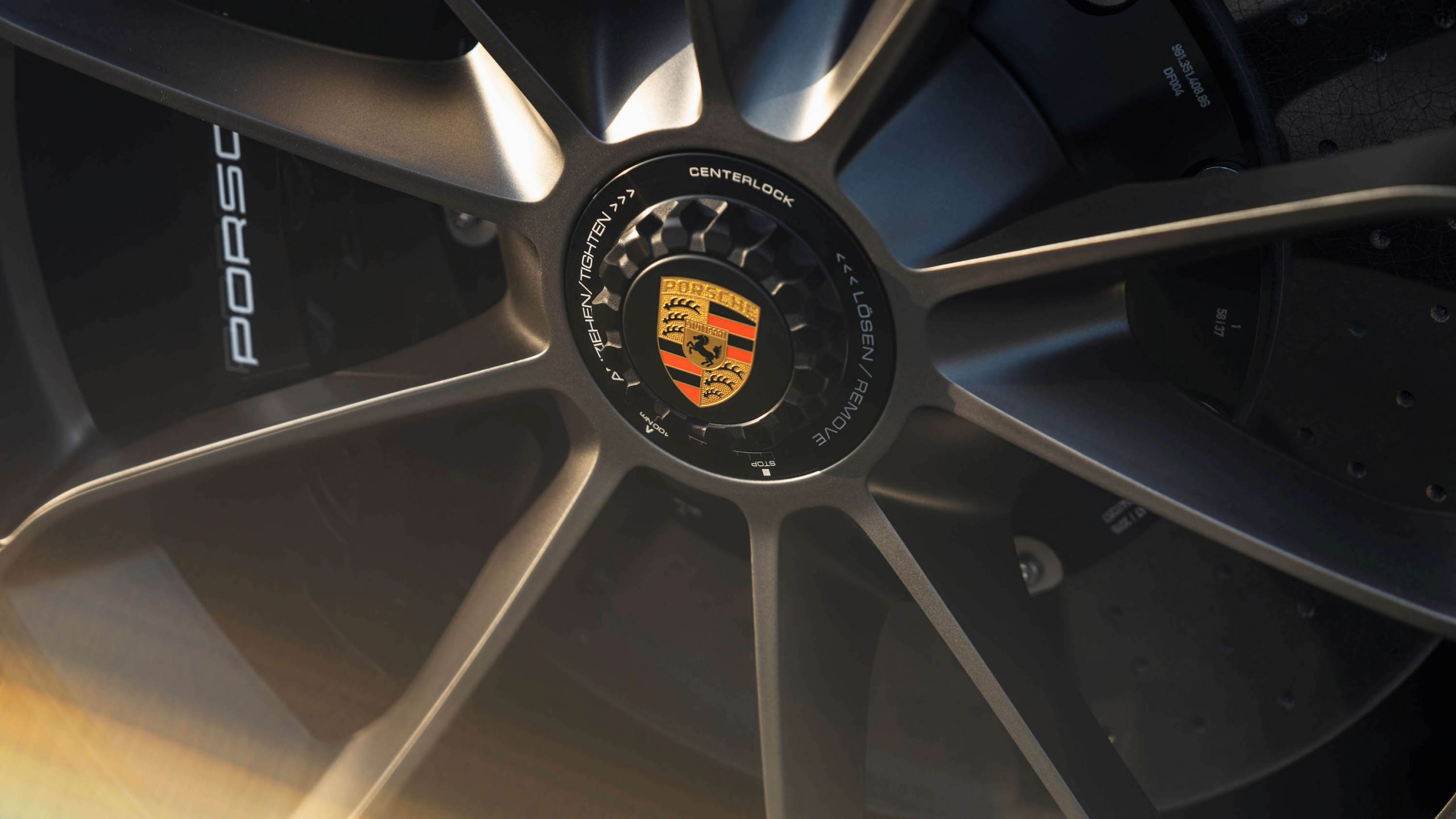 2019 Porsche 911 Speedster Heritage Design Wheel Hub