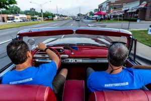 2019 Woodward Dream Cruise In Car On Ave