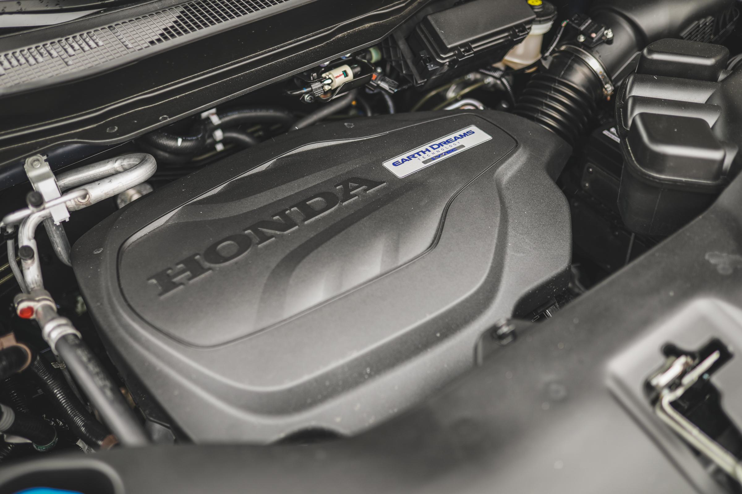 2020 Honda Ridgeline RTL-E Engine shot right side
