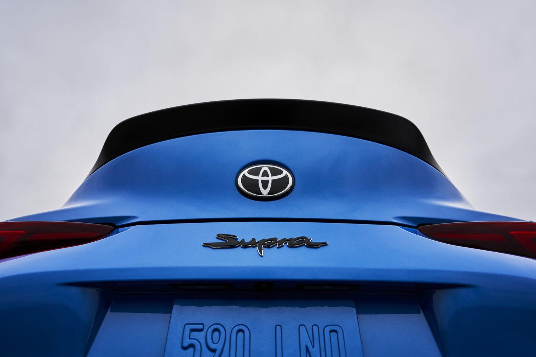 2021 toyota supra 6 rear low spoiler