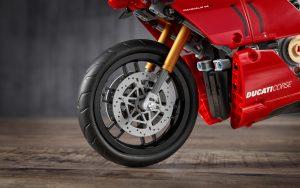 Ducati Panigale V4 R Lego Technic forks
