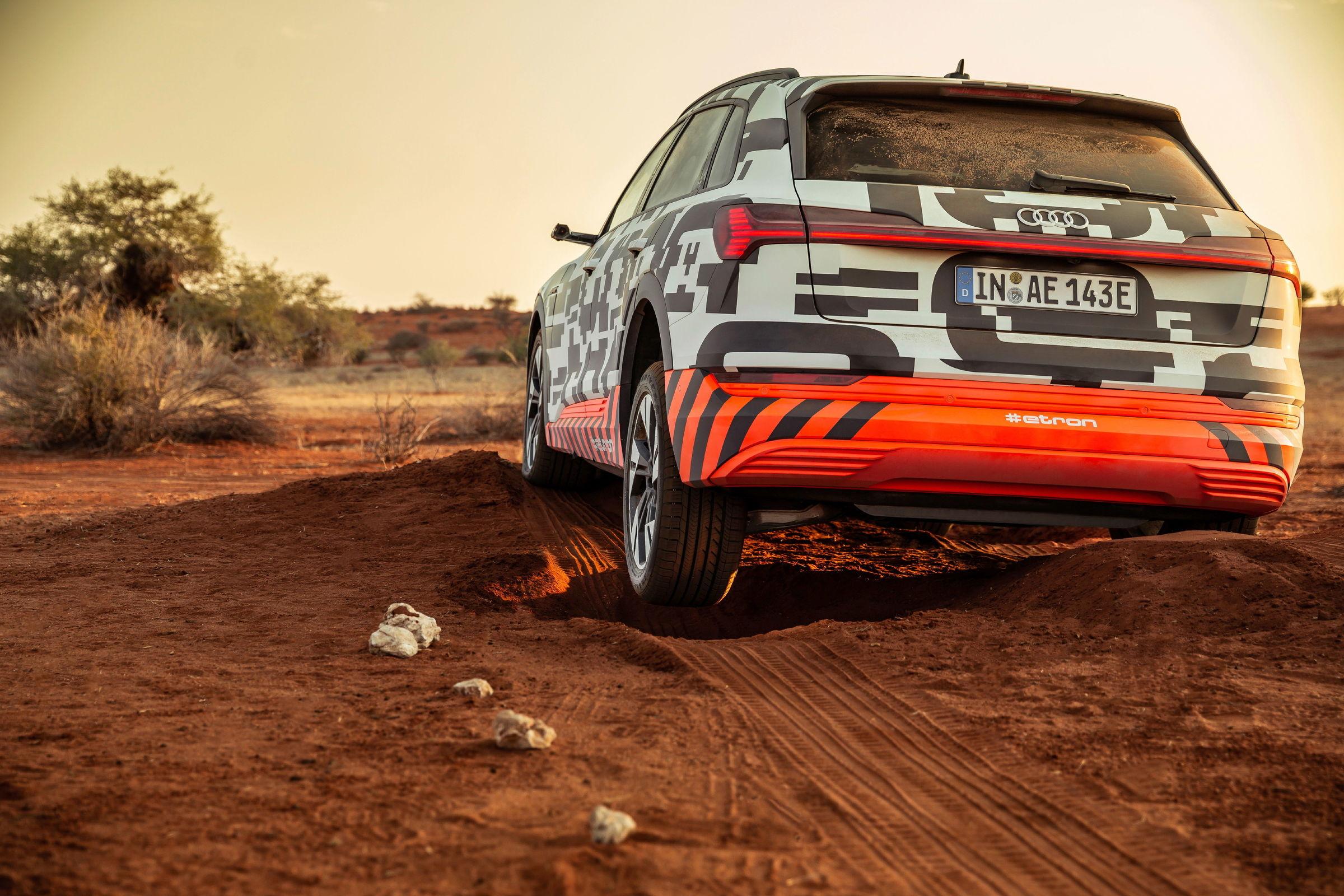 Audi e-tron 2020 EV