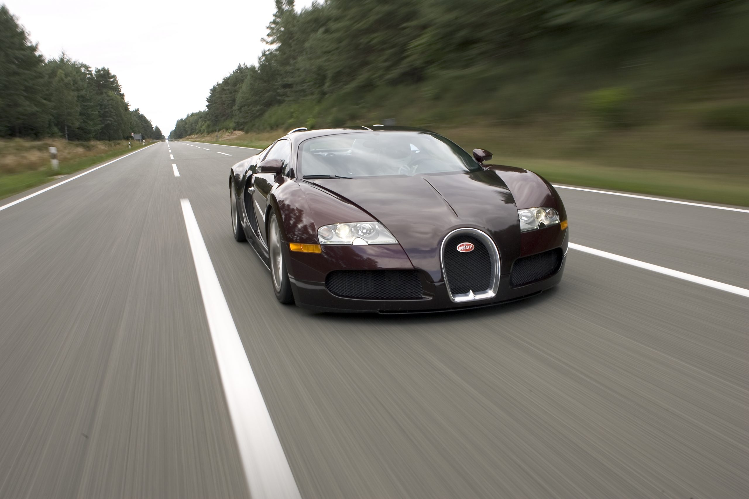 Bugatti Veyron 250 mph 4