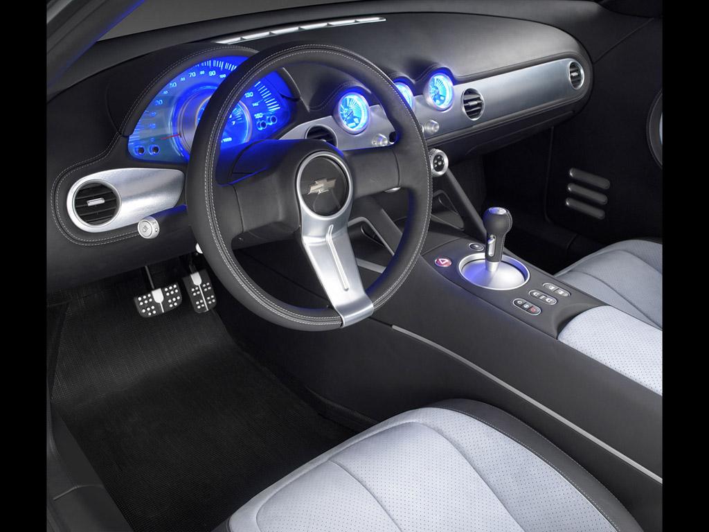 2004 Chevrolet Nomad interior