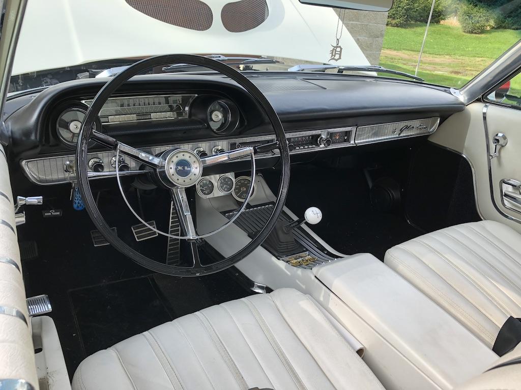 Ford Galaxie 500XL Interior