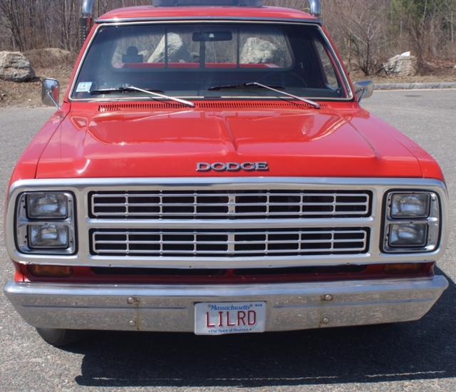 1979 Dodge Li'l Red Express engine