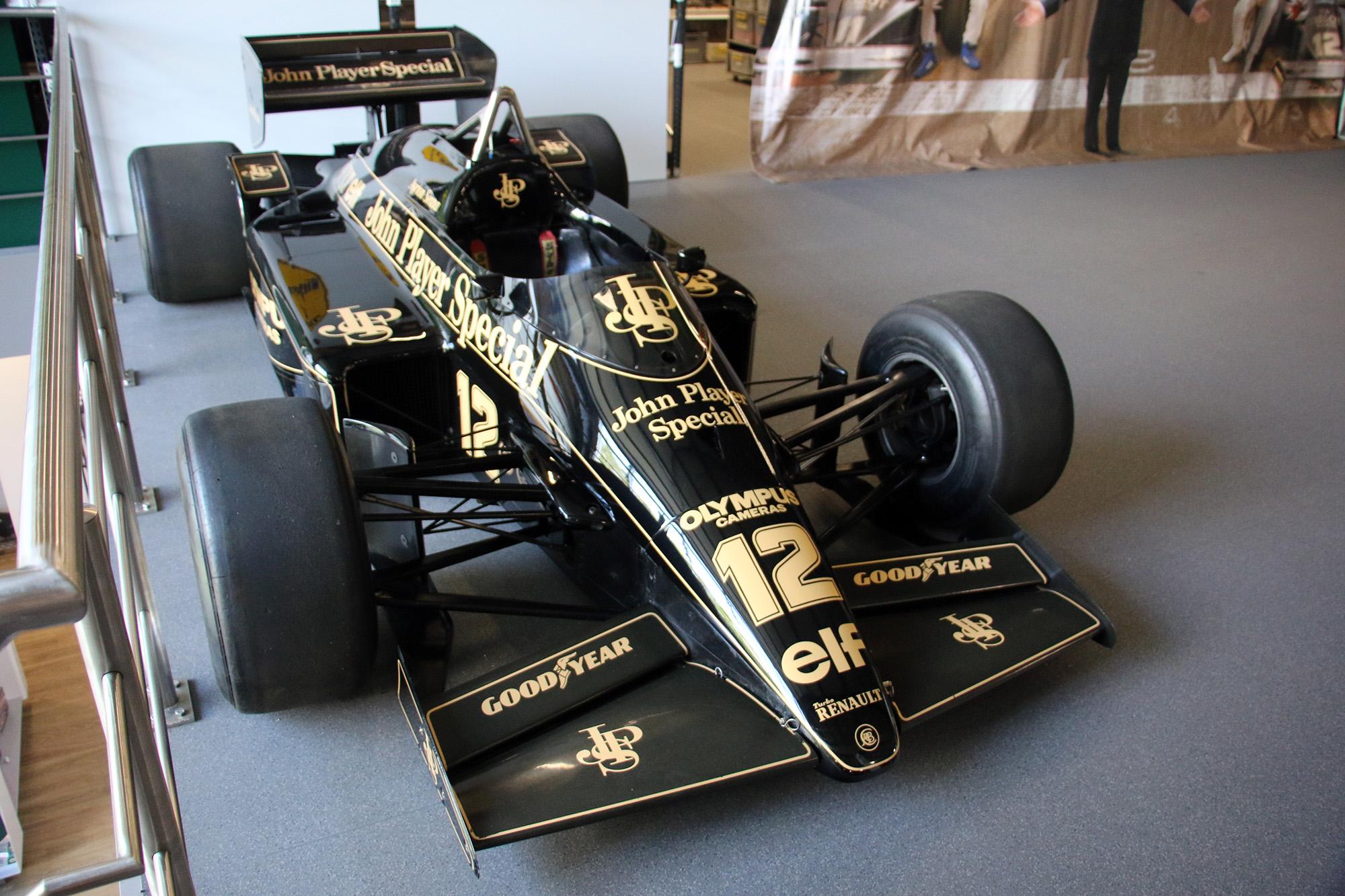 Ayrton Senna 12 F1 Lotus 97T