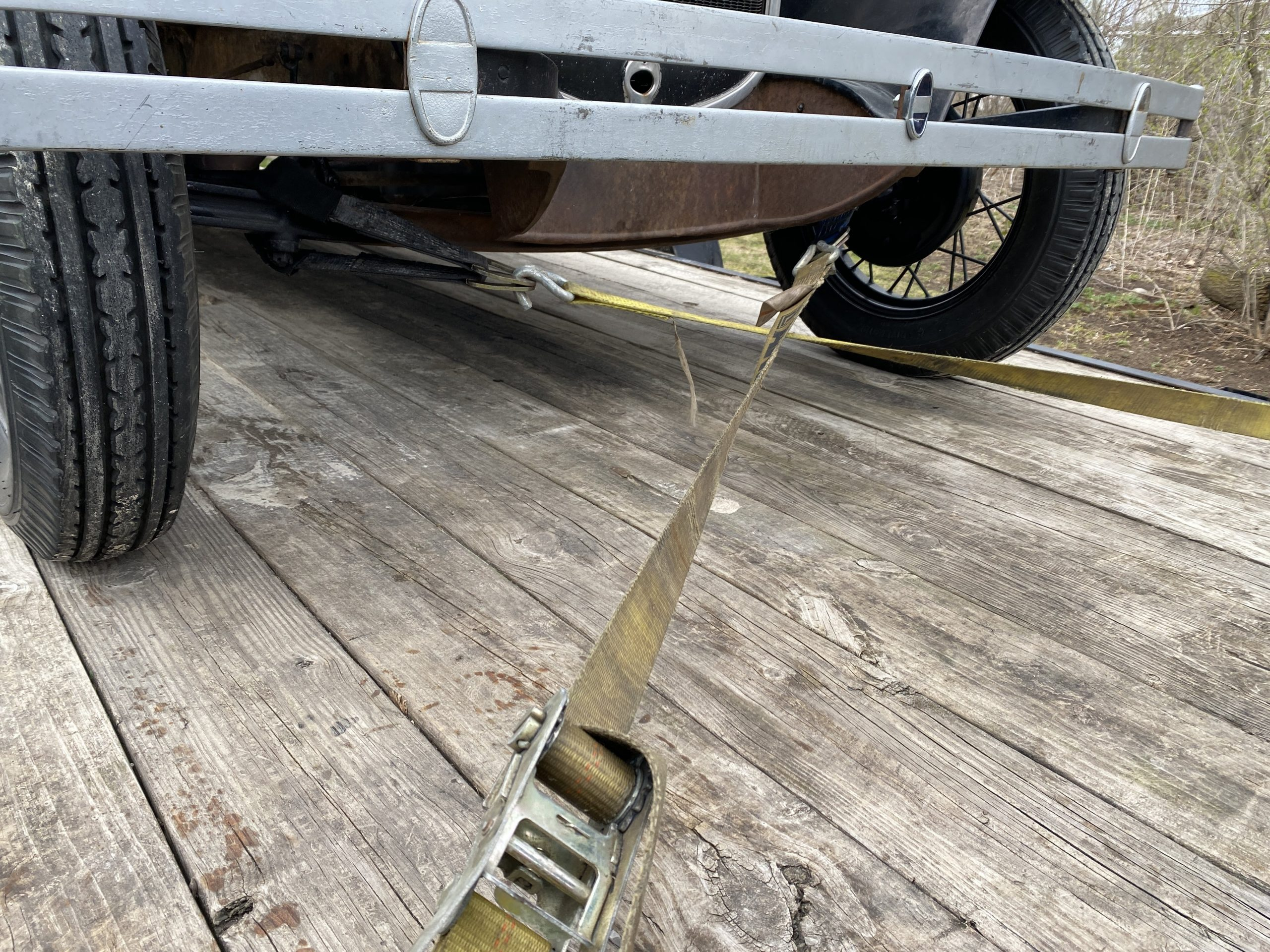 Model A crossed rear straps (2)
