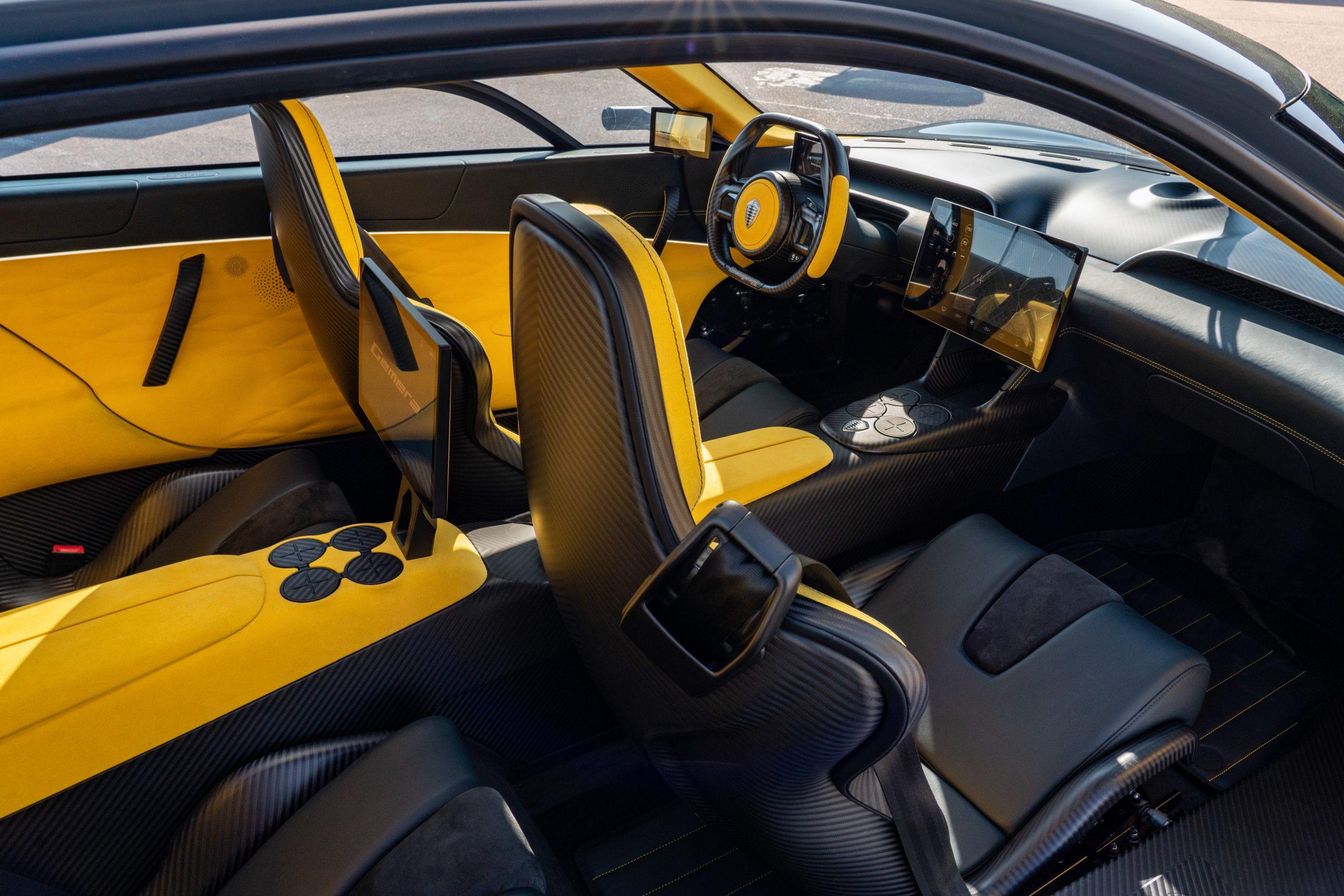 Koenigsegg Gemera interior carbon fiber