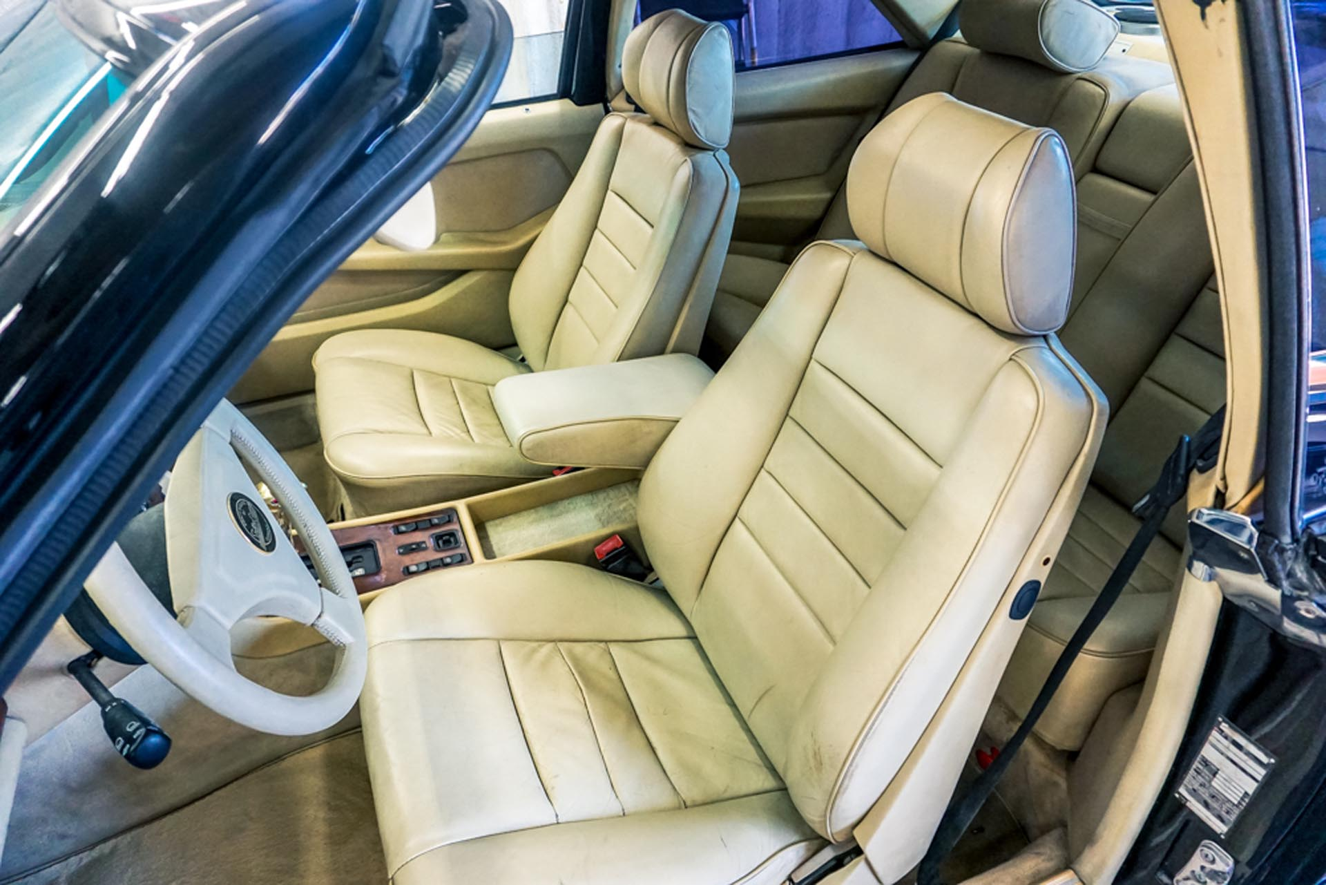 Styling Garage SEC1000 Gullwing Interior Front Seats