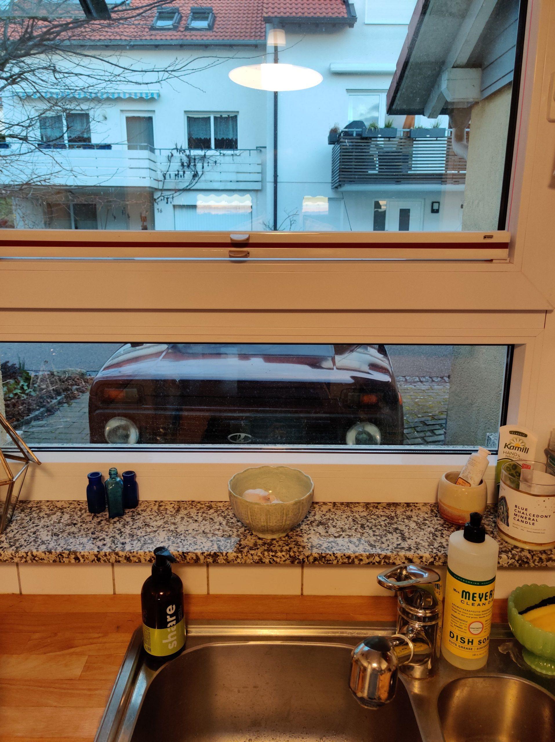 lada niva from kitchen window