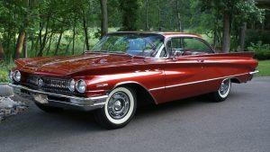1960 Buick Invicta Custom Hardtop front three-quarter