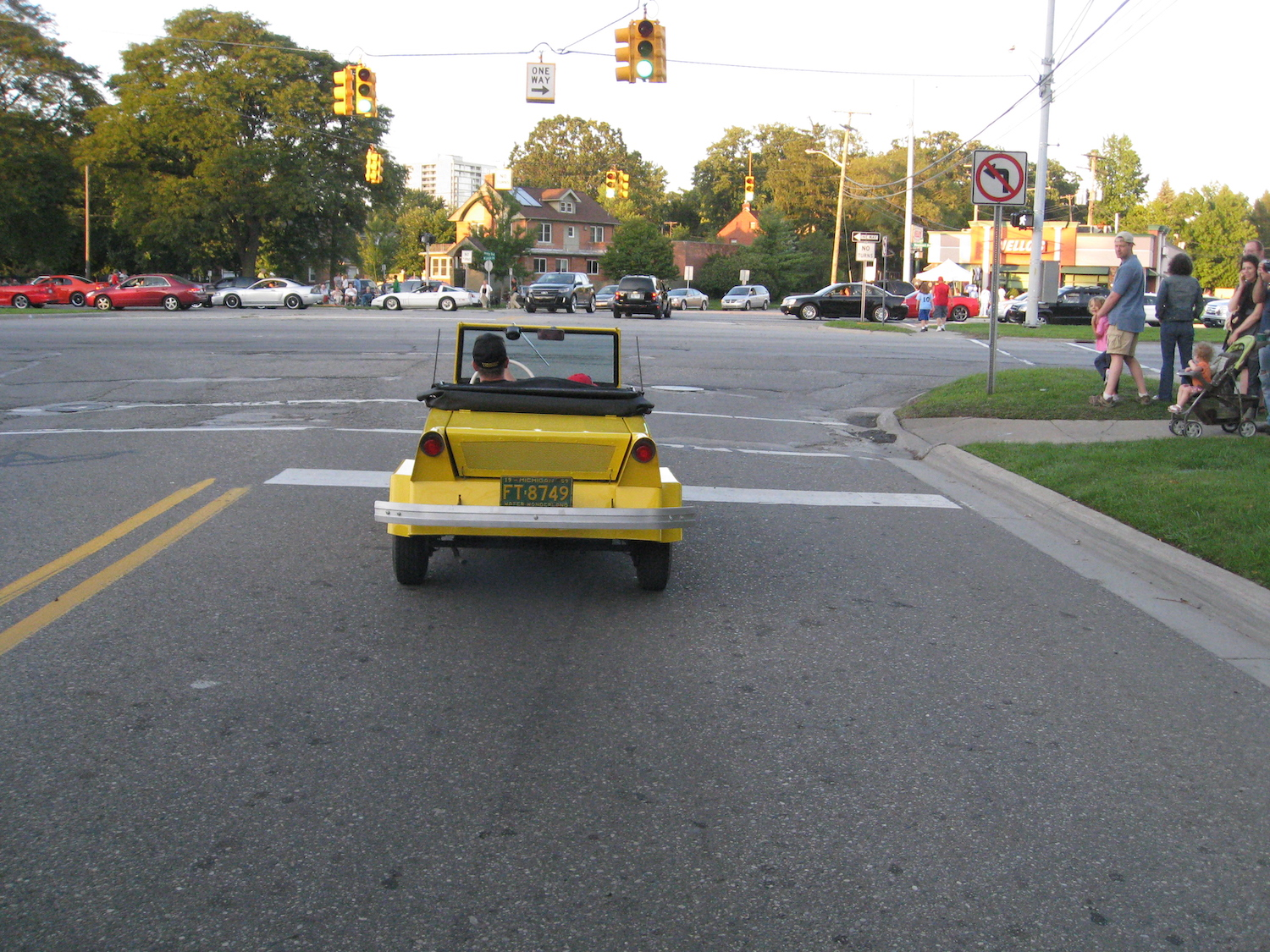 yellow king midget rear