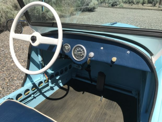 blue king midget interior dash