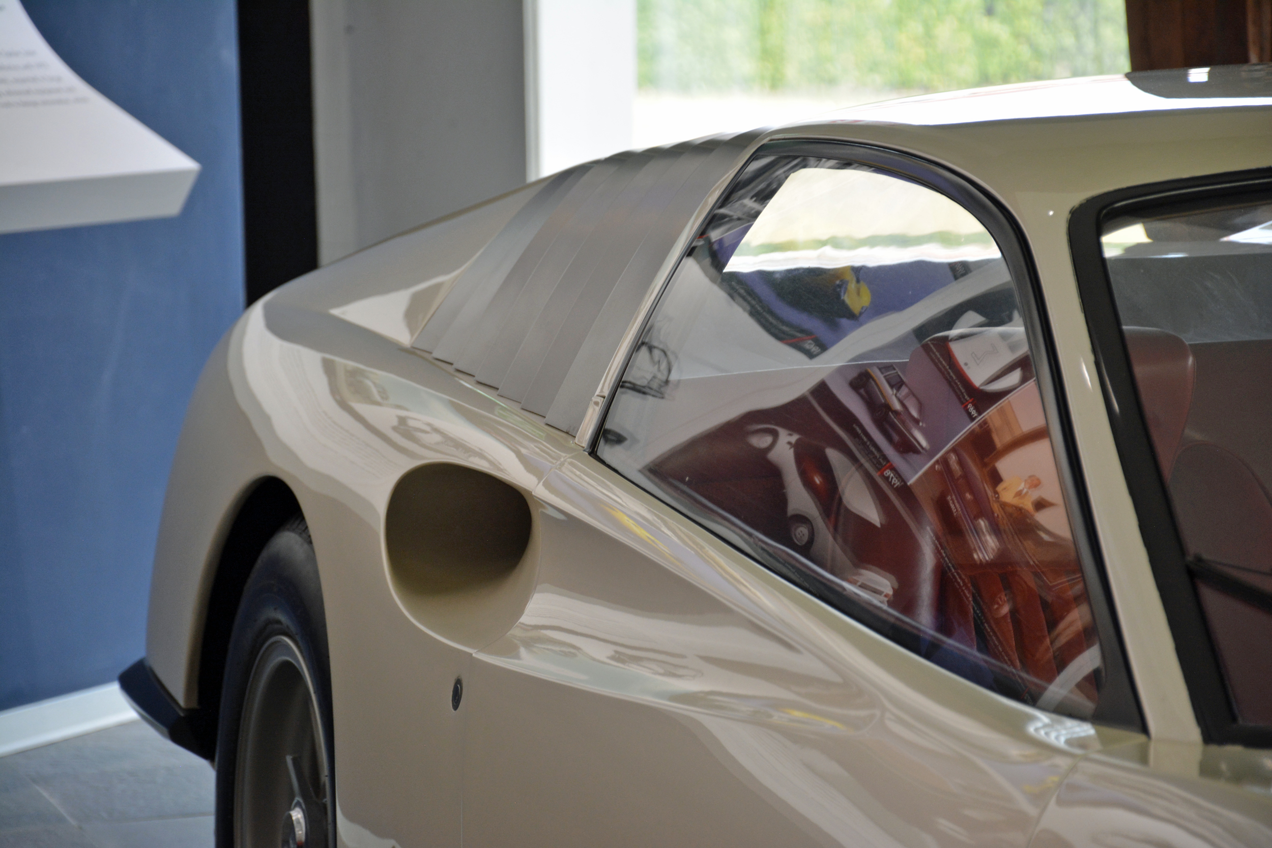 1968 ferrari p6 prototype left side scoop
