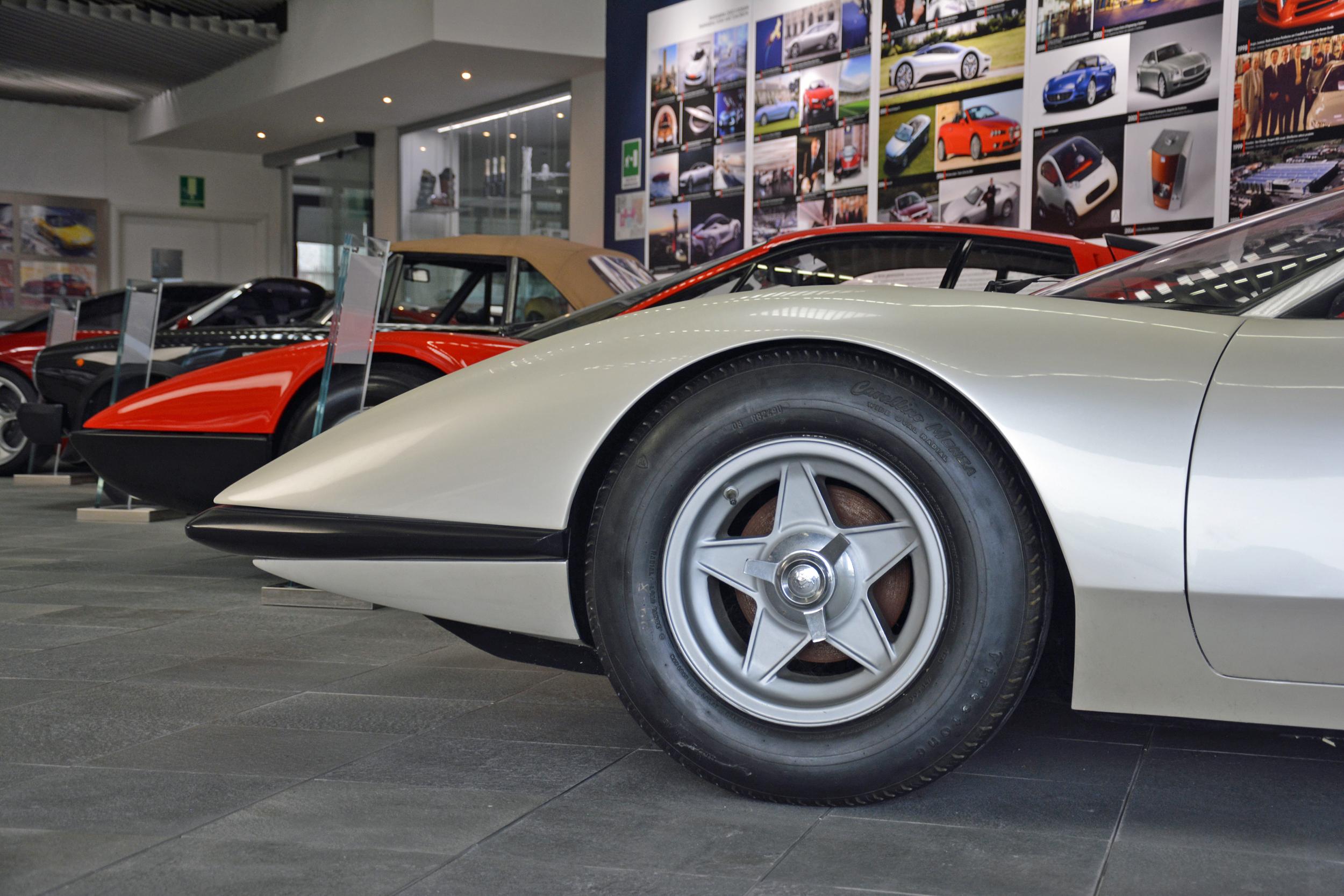 1968 ferrari p6 prototype front wheel