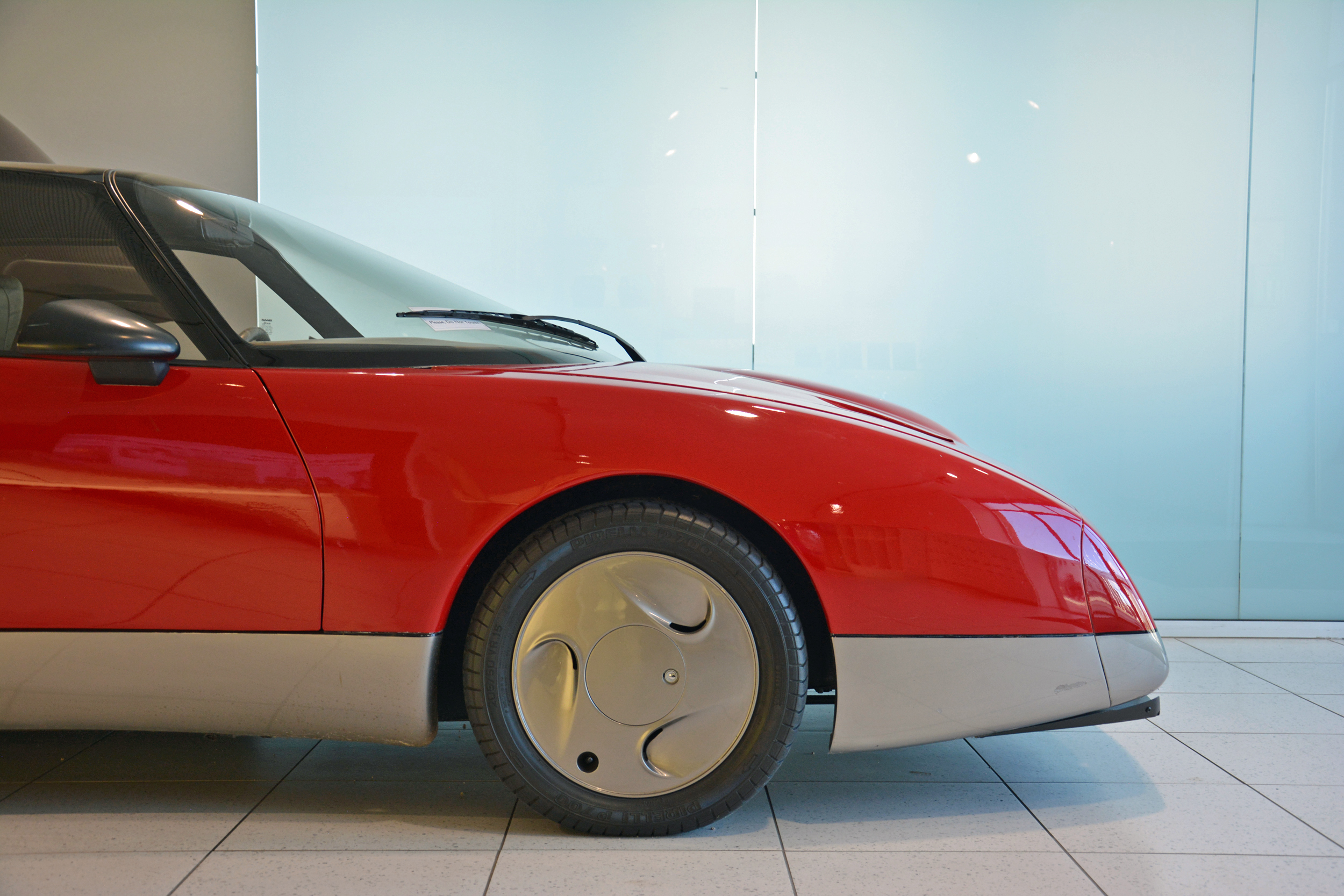 saab museum ev1 front profile view