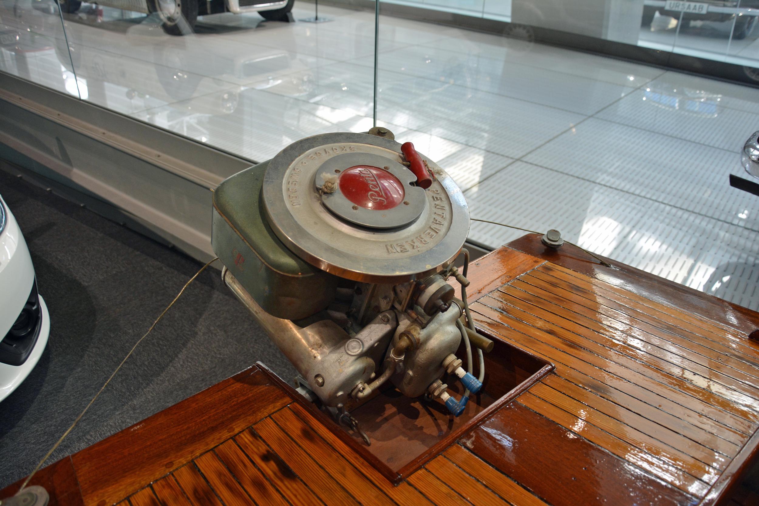 saab museum boat engine top
