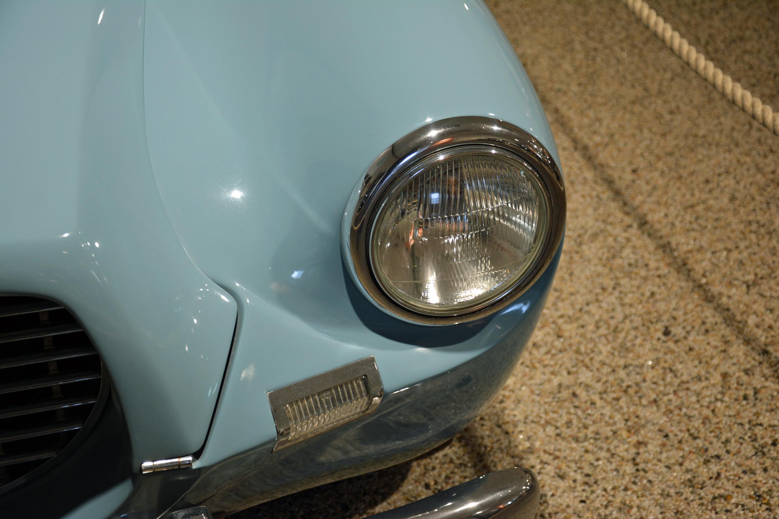 saab museum sport headlight detail