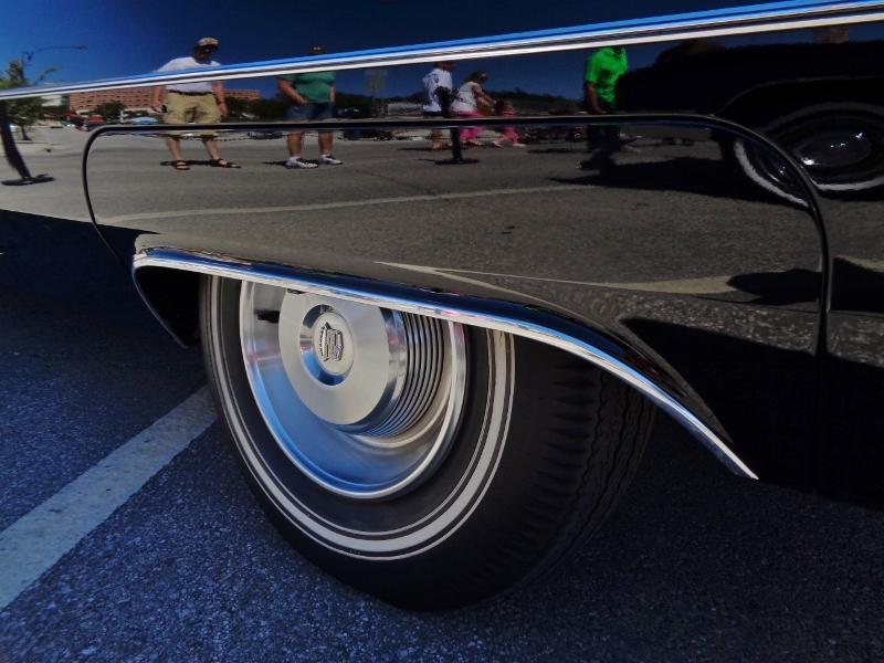 1965 Cadillac de Ville Convertible Rear Wheel