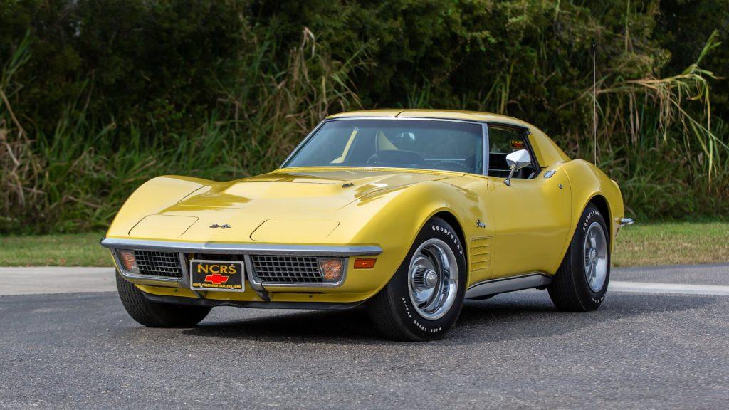 1970 Chevrolet Corvette Coupe Front Three-Quarter