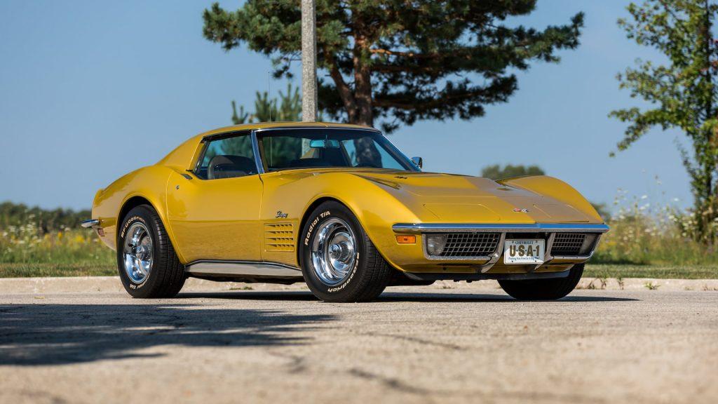 1971 Chevrolet Corvette Coupe Front Three-Quarter
