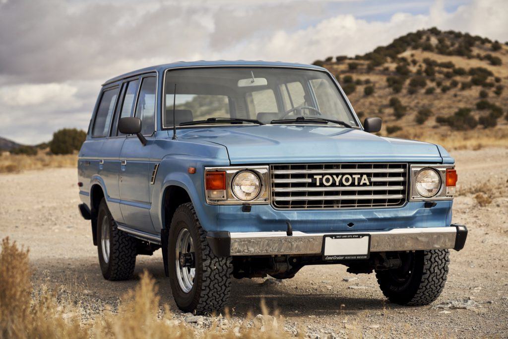 FJ60 Land Cruiser Front Three-Quarter