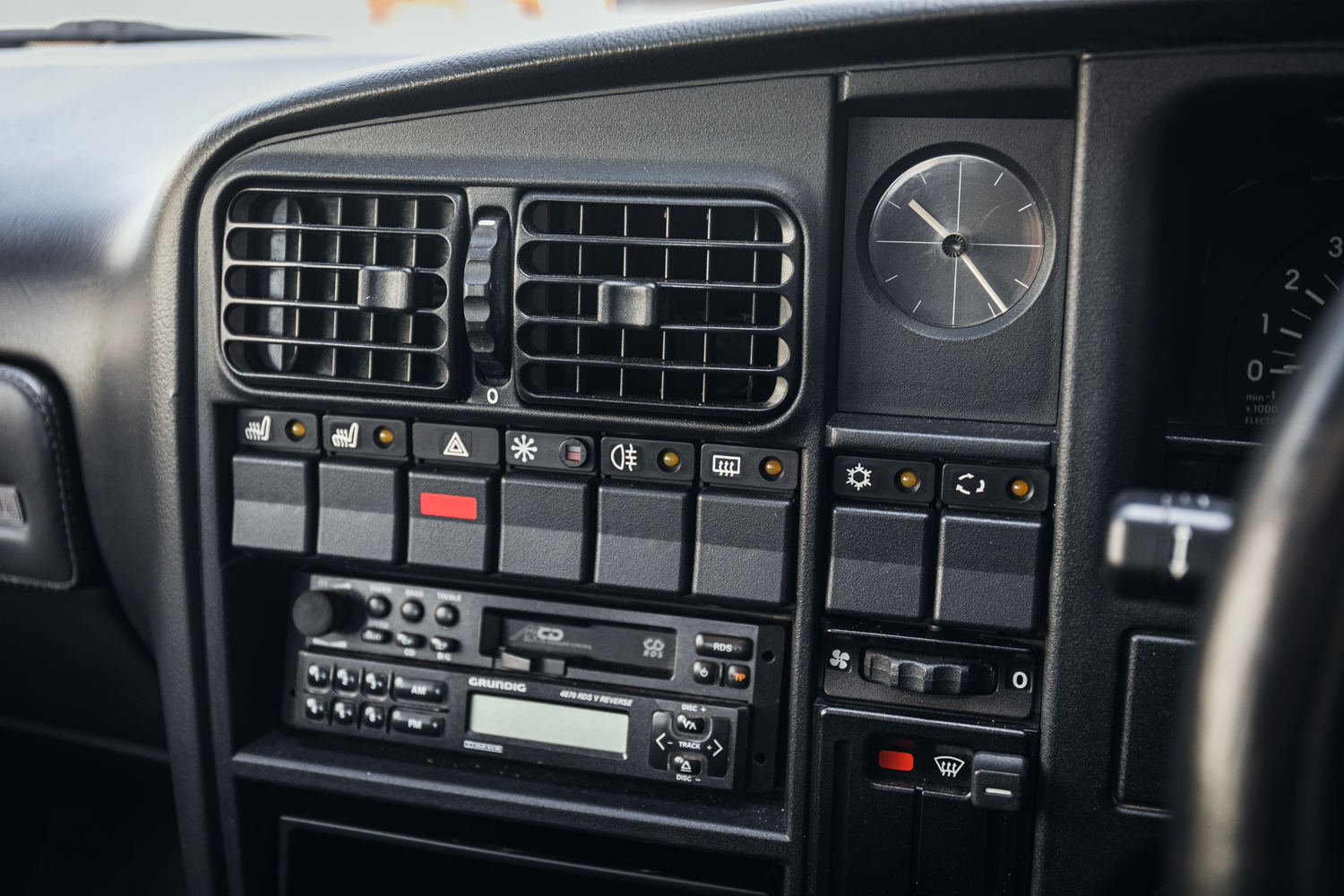 1992 Vauxhall Lotus Carlton Dash Buttons and Switches