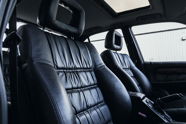 1992 Vauxhall Lotus Carlton Front Seatbacks and Headrests