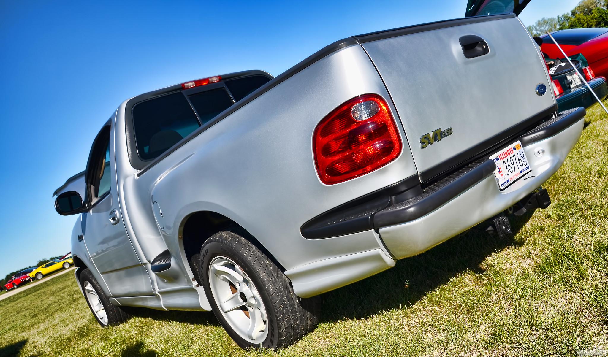 2000 Ford SVT Lightning Rear Three-Quarter