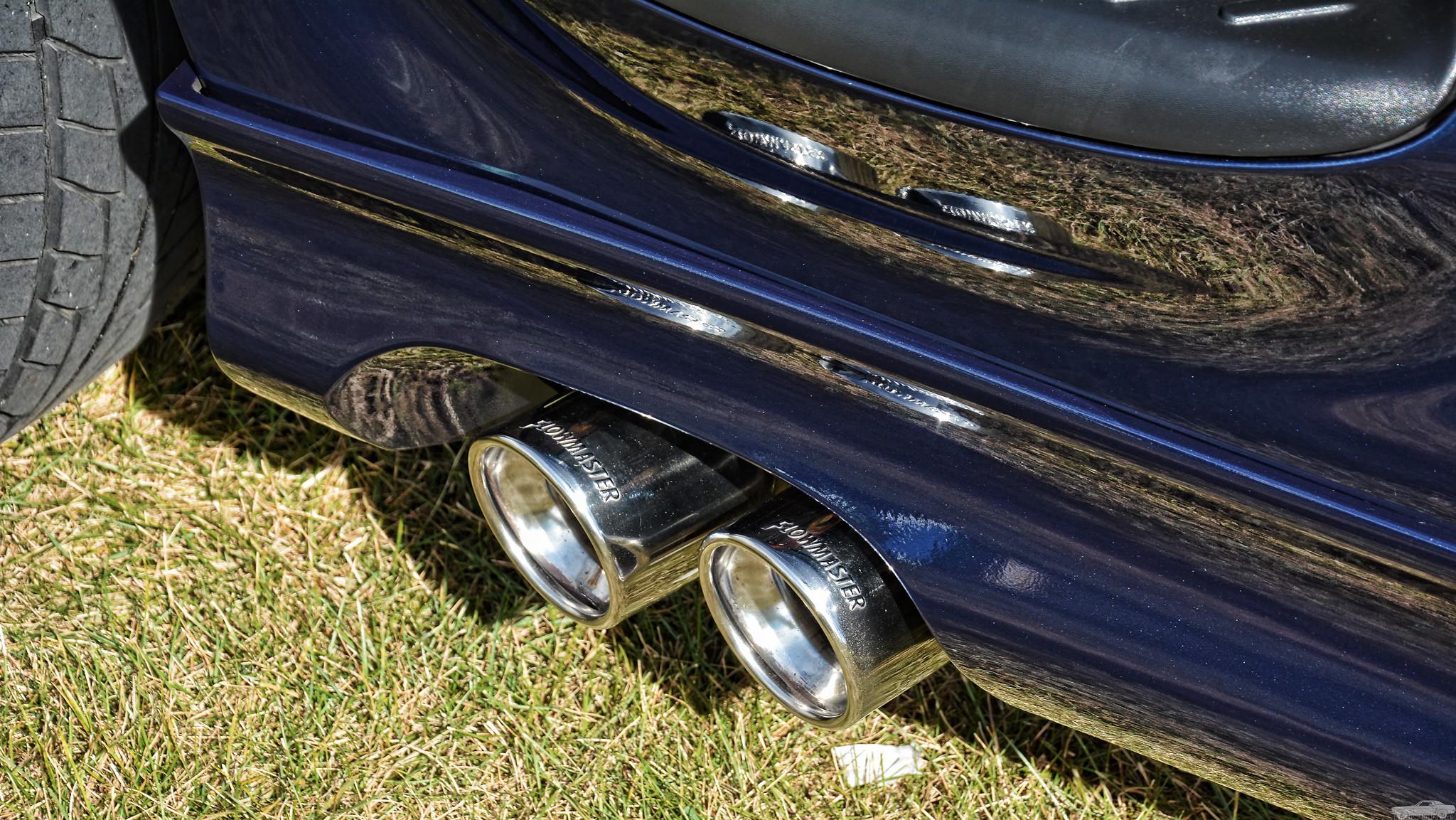 2002 Ford SVT Lightning Exhaust Tips