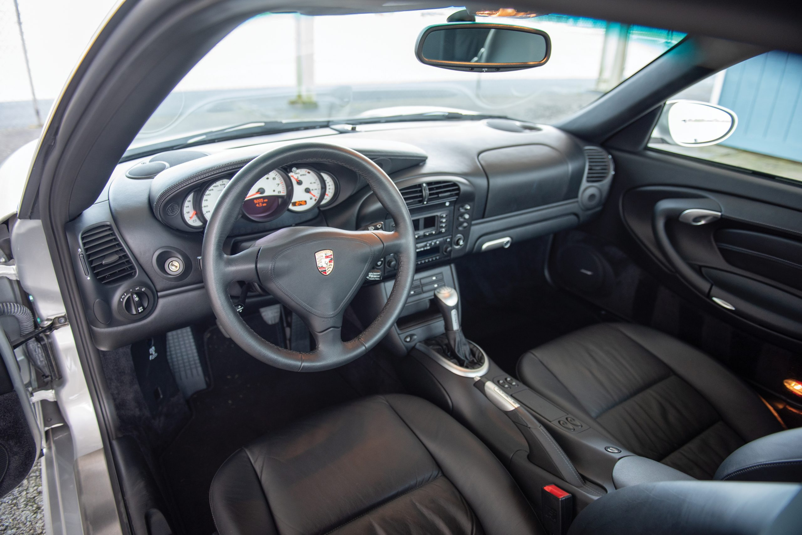 2002 Porsche 911 Turbo Coupe interior