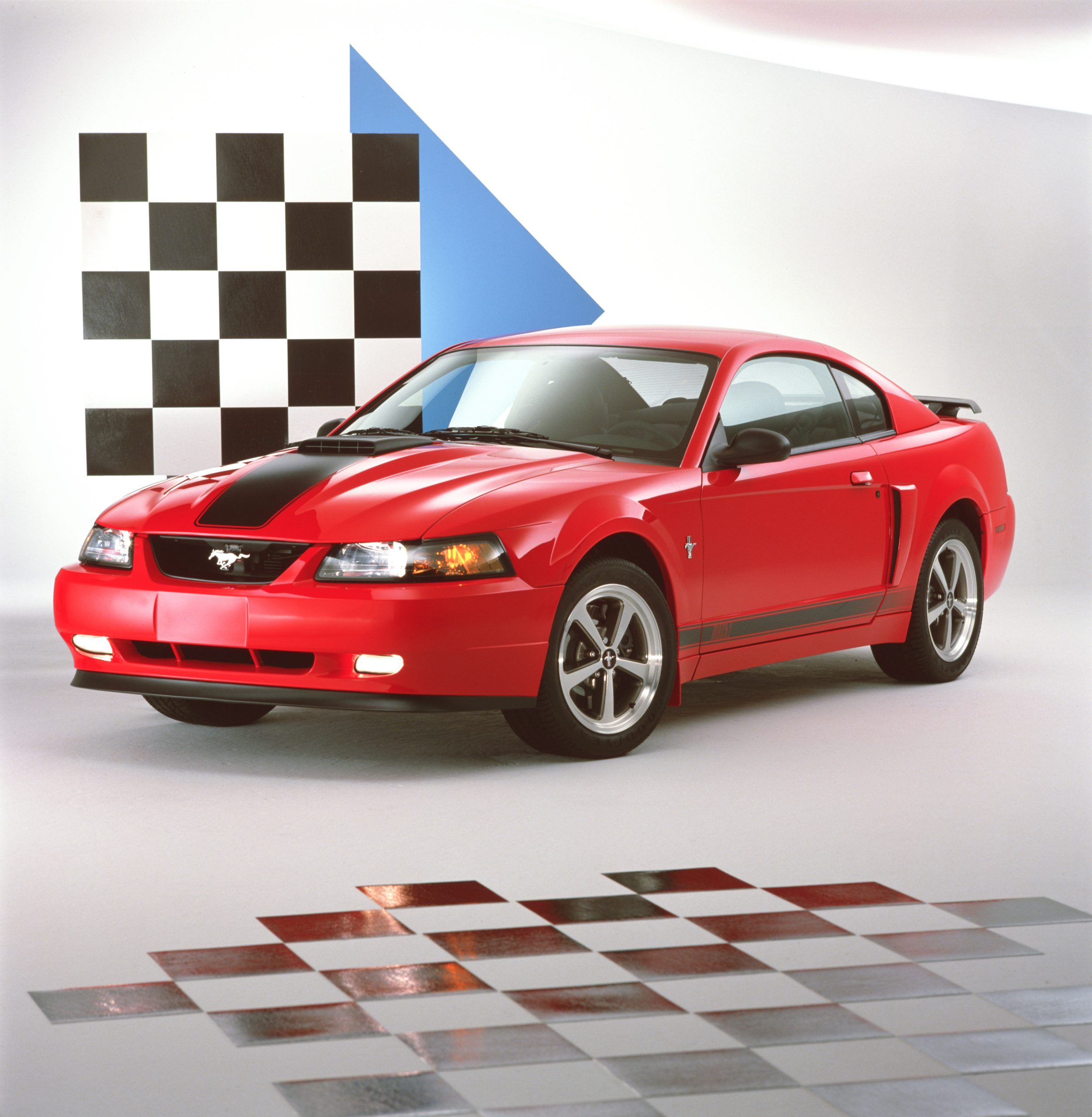 2003 Ford Mustang Mach 1 Coupe Front Three-Quarter Checkered Flag
