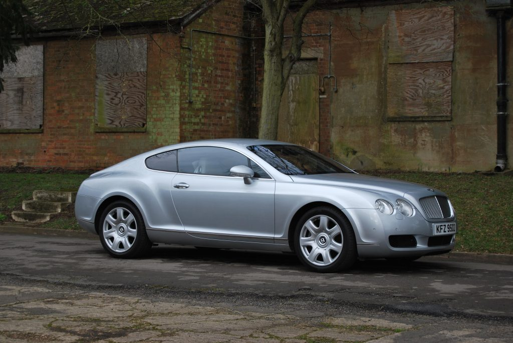 2004 Bentley Continental GT Front Three-Quarter