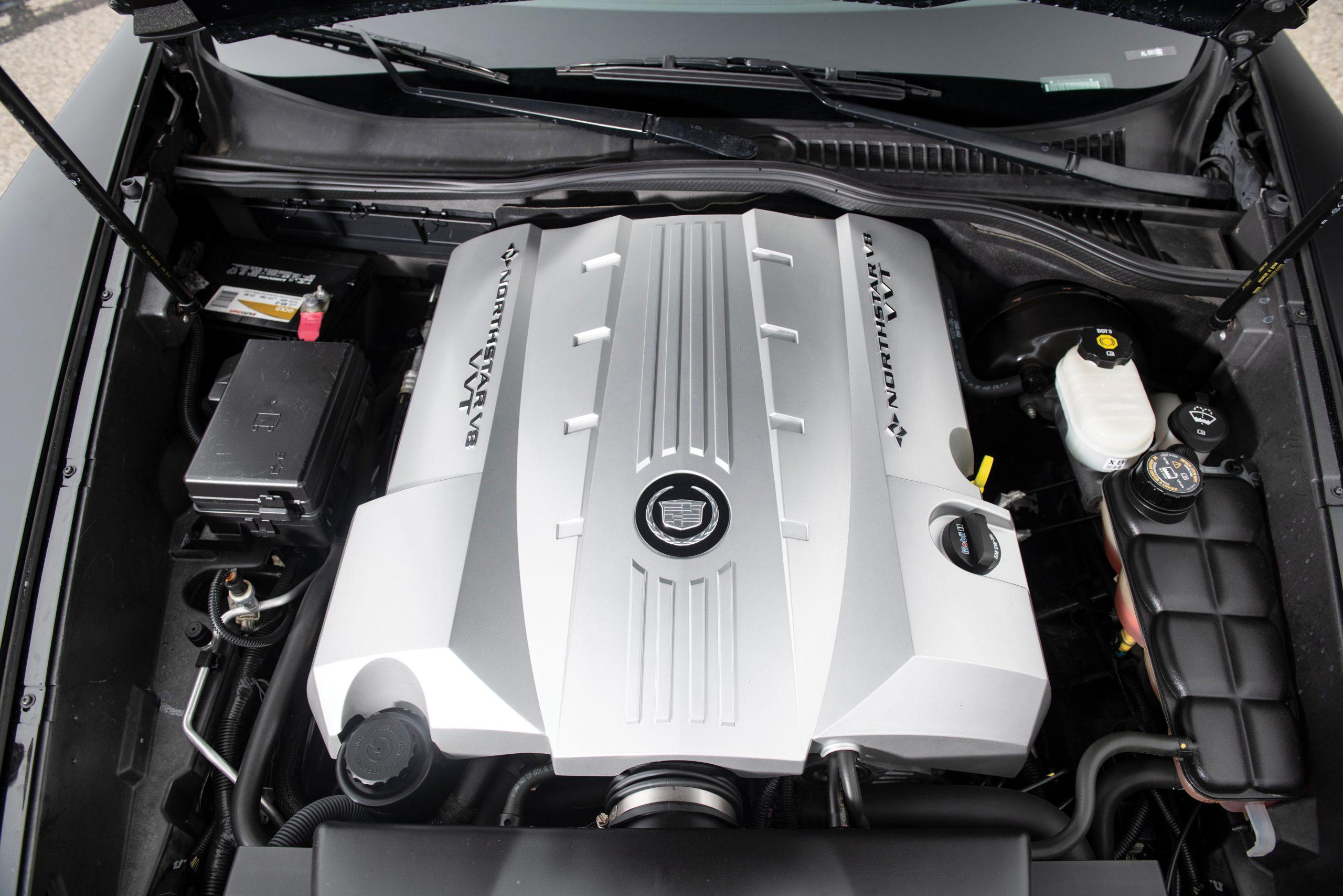 2008 Cadillac XLR Northstar V-8 engine