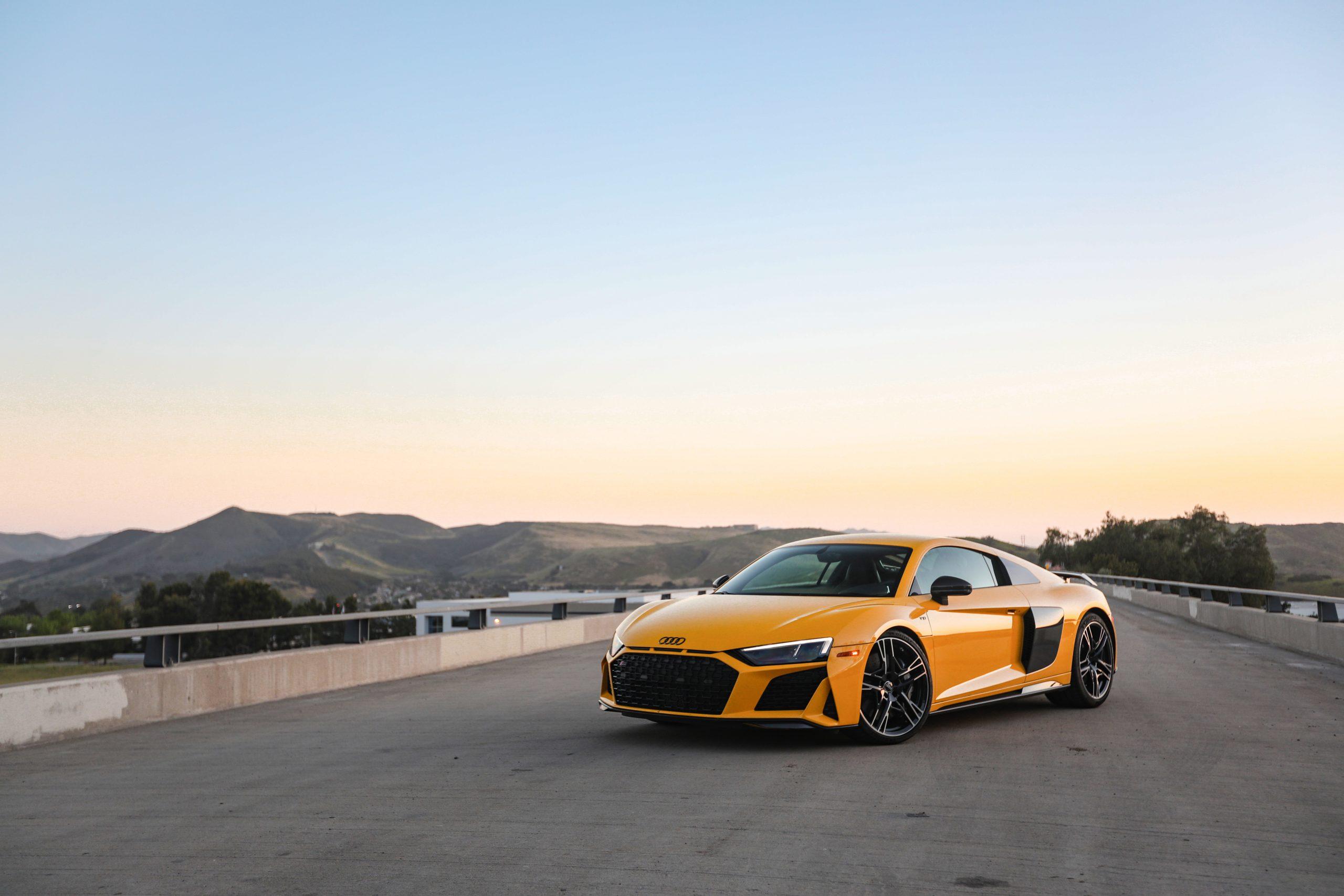 2020 Audi R8 front wide