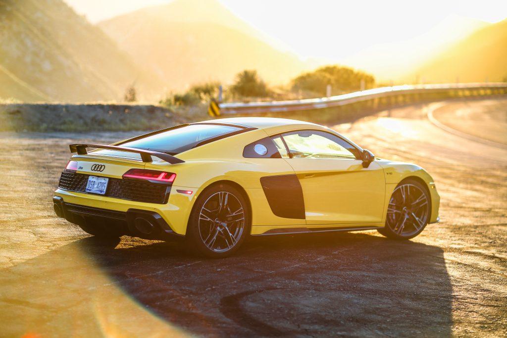 2020 Audi R8 Rear three quarter
