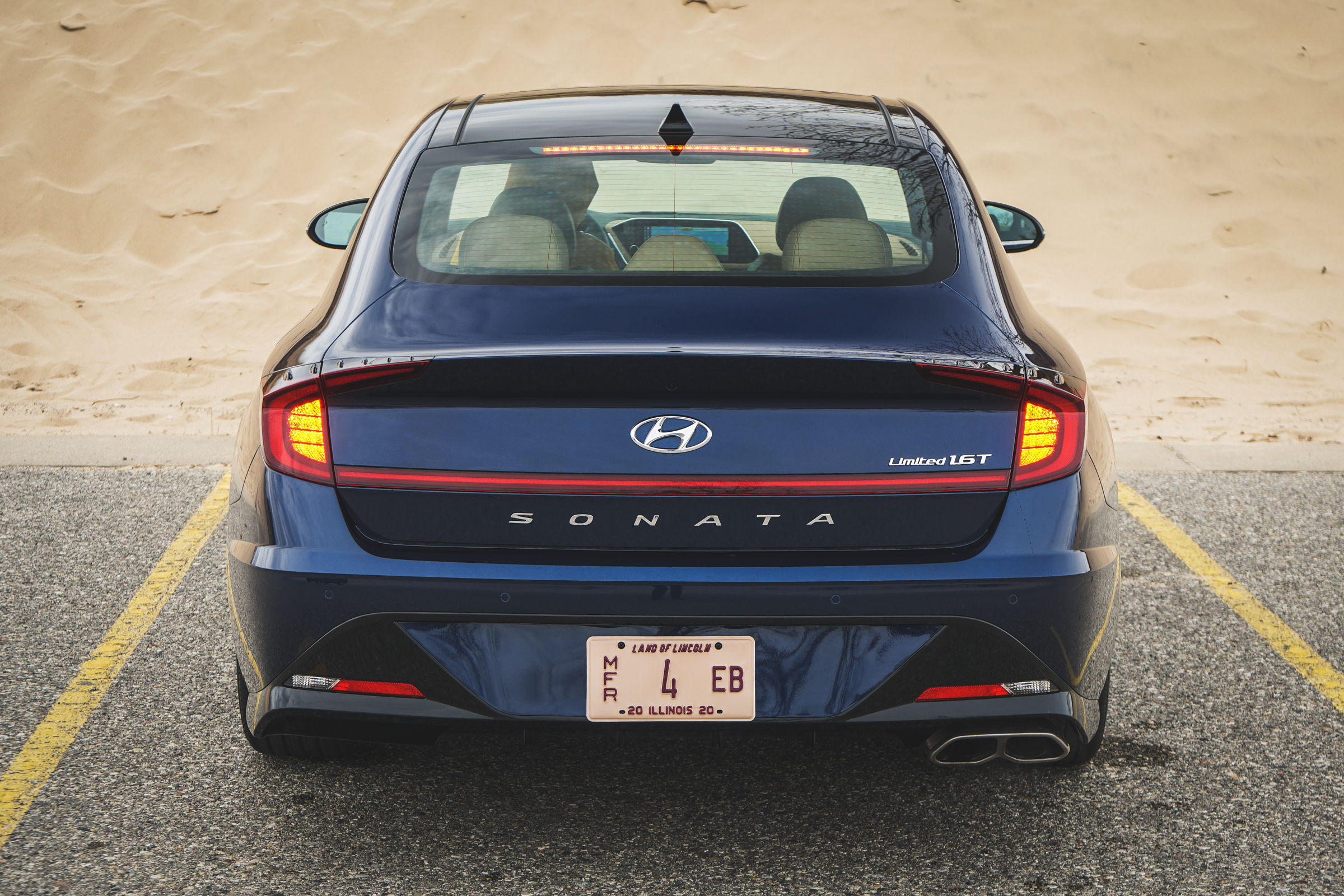 2020 Hyundai Sonata Limited rear elevated brake lights