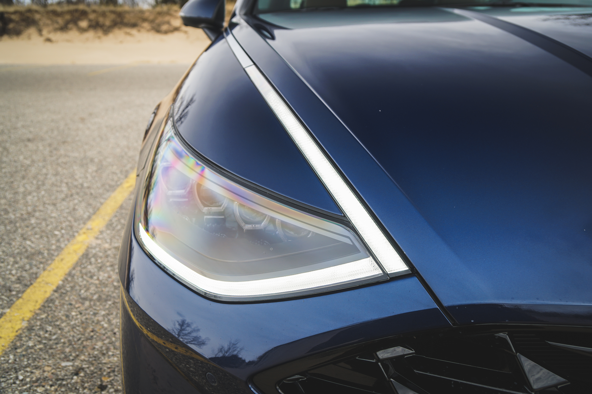 2020 Hyundai Sonata Limited headlight detail