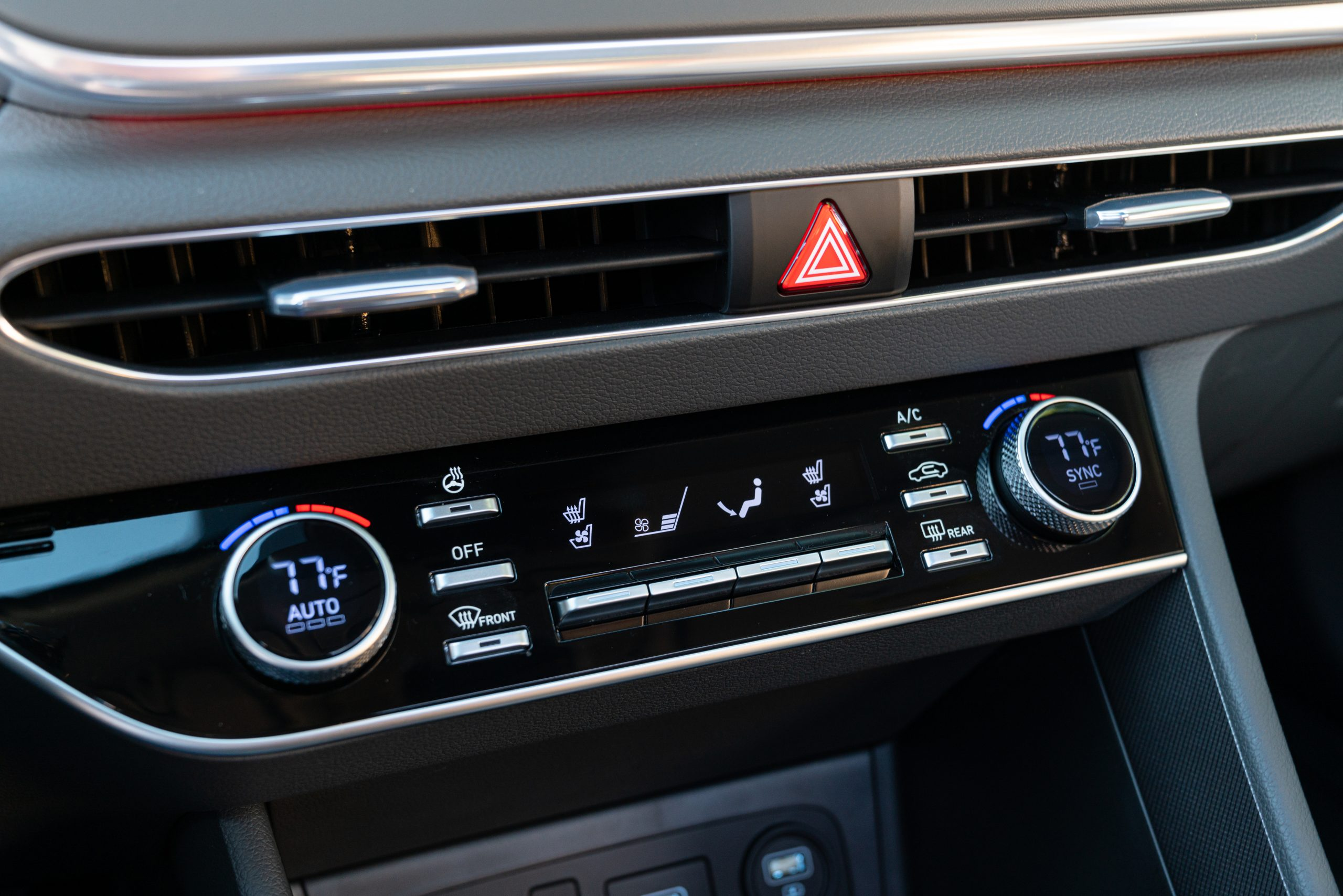 2020 Hyundai Sonata Limited HVAC Controls