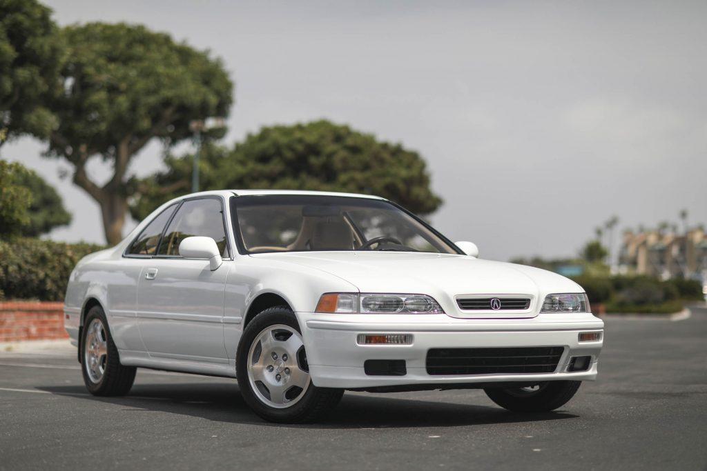Acura Legend coupe Clarion 16