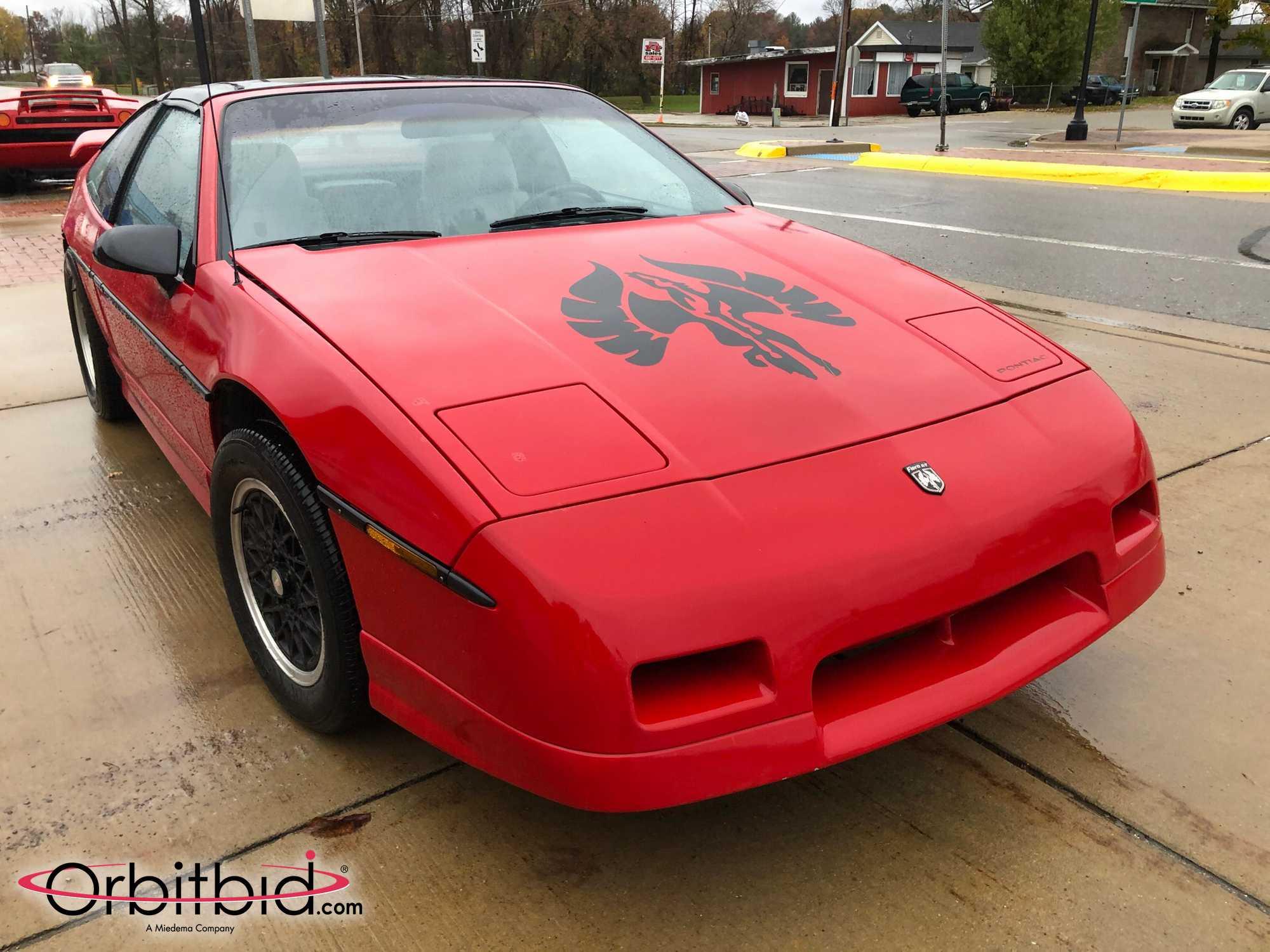 1988 Fiero GT Front Three-Quarter