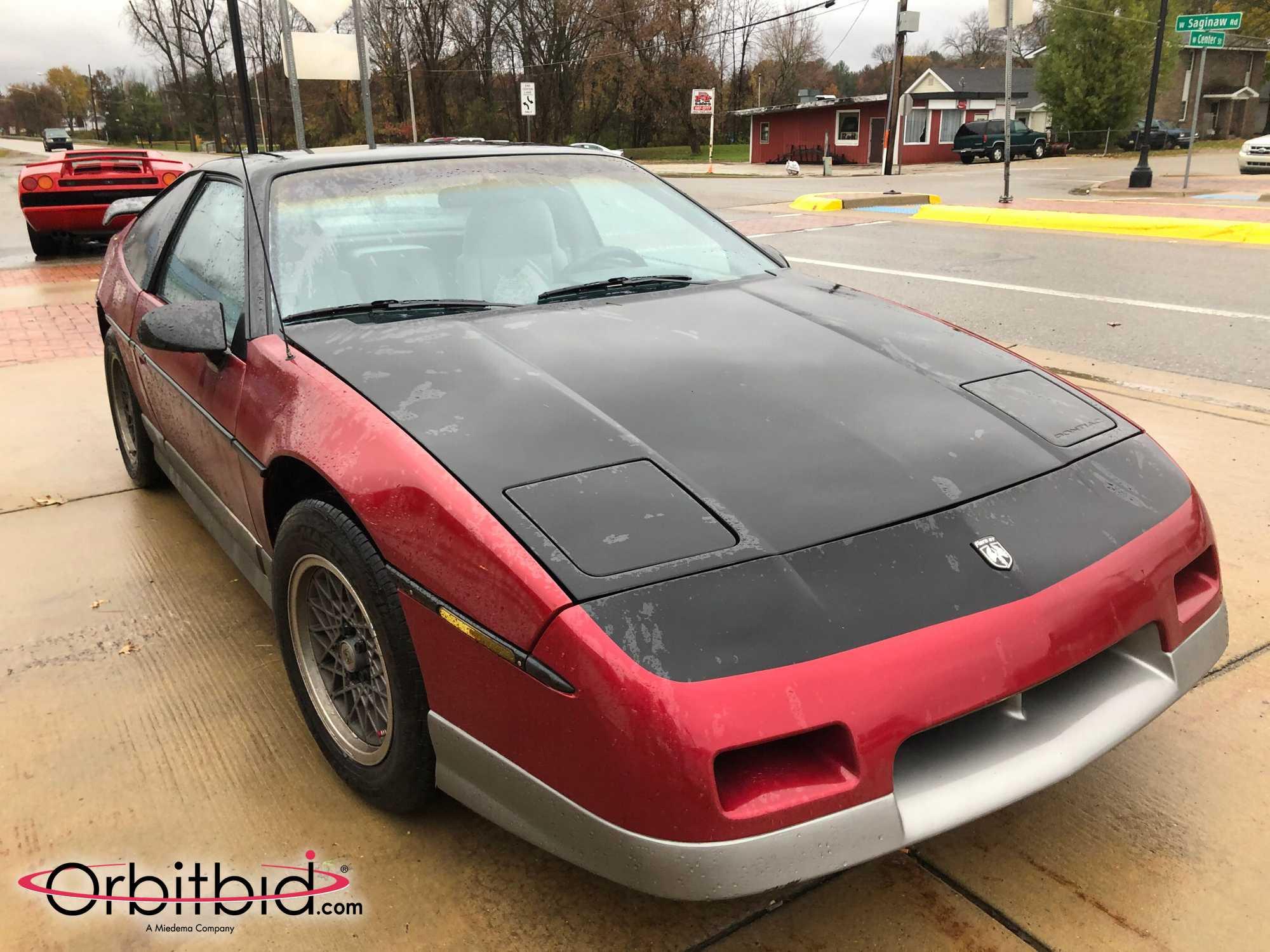 1987 Fiero GT Front Three-Quarter
