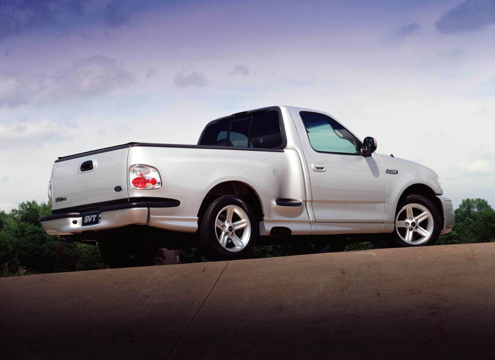 2004 Silver Ford SVT Lightning Rear Three-Quarter