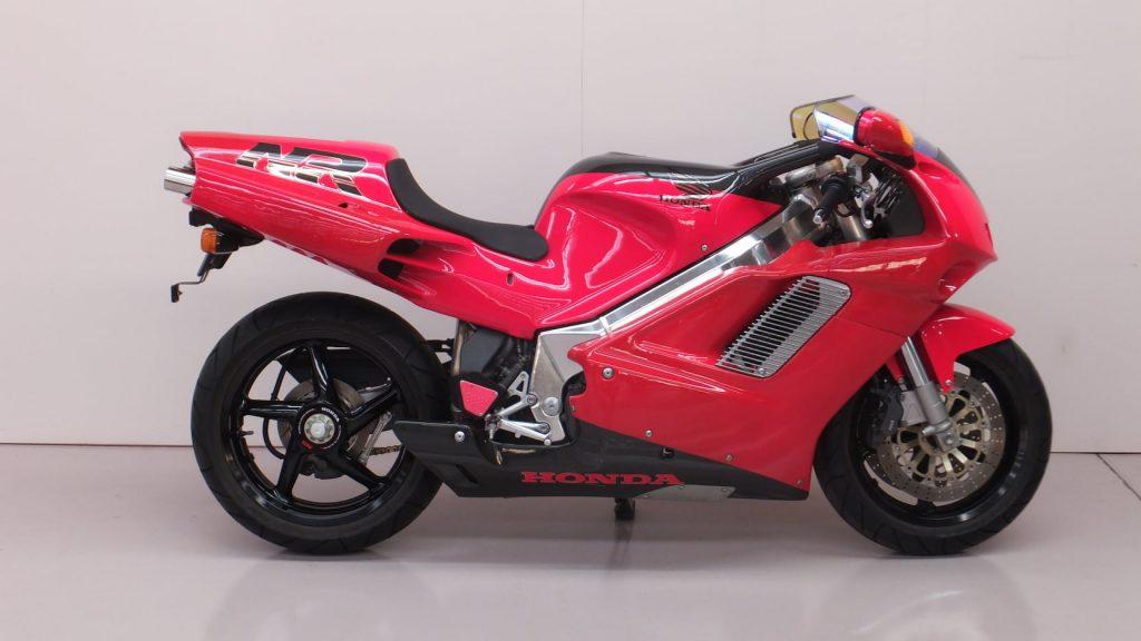Honda NR750 side view